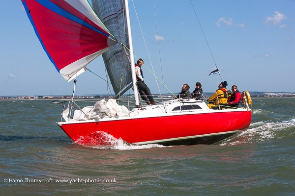 Magic in the JOG Nab Tower race - thansk to Hamo Thornycroft/yacht-photos.co.uk